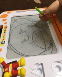 娘の描いたアンパンマン